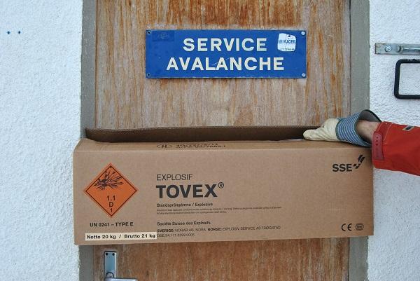 Explosifs utilisés pour le déclenchement d'avalanche à Grimentz.
