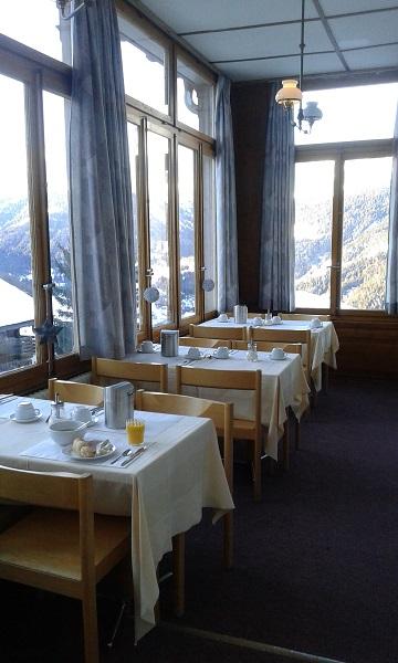 La salle du petit déjeuner du Grand Hôtel du Cervin
